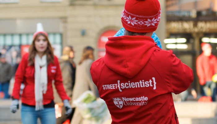 Science Busking with Newcastle Uni